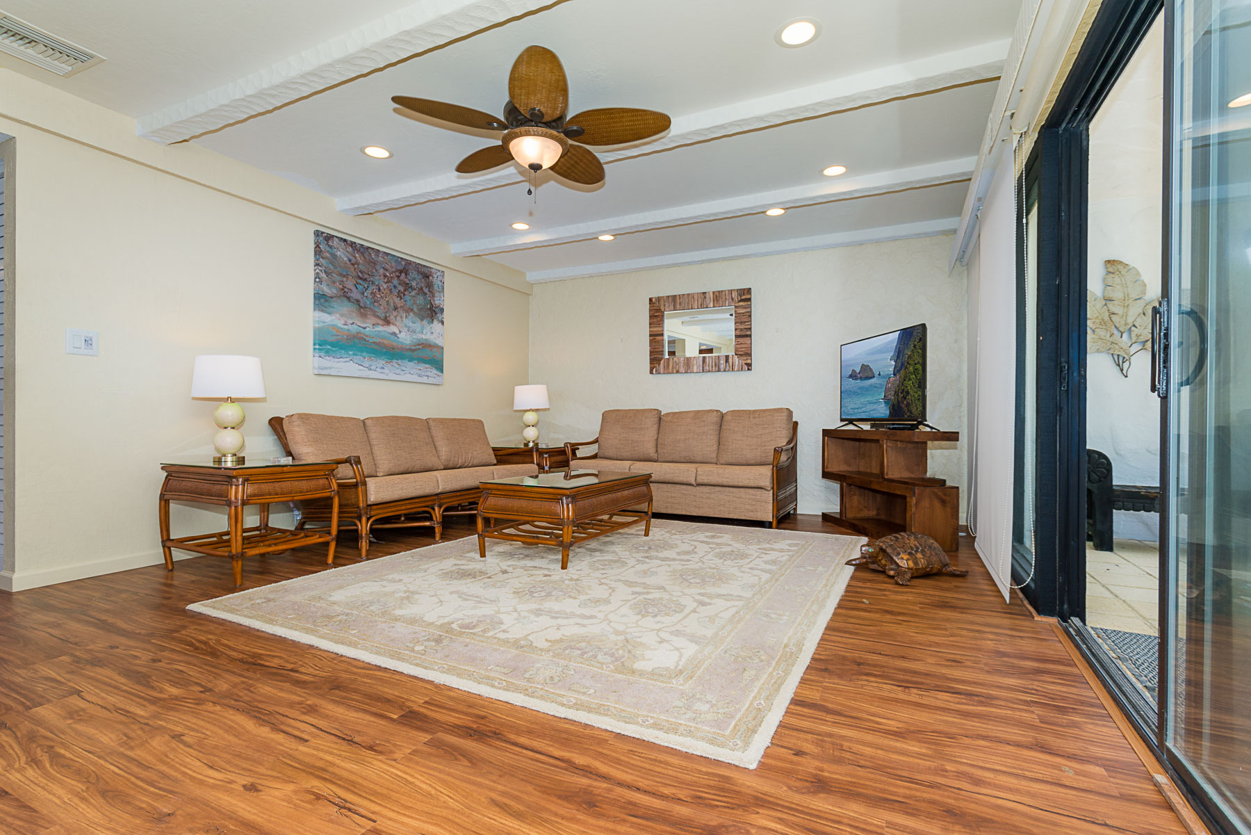 Living room with two large couches, cable TV, WiFi